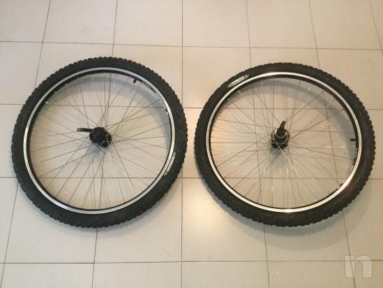 N.2 Ruote Mountain Bikes mis.: 26x2,00 velocita' 7. foto-10661