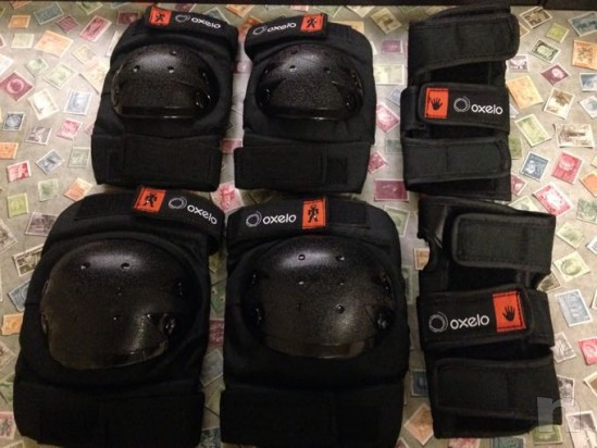 Set protezione ginocchiere, paragomiti/polsi foto-10813
