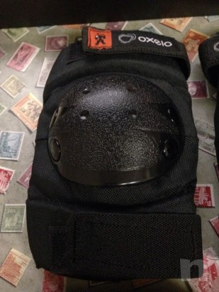 Set protezione ginocchiere, paragomiti/polsi foto-20019