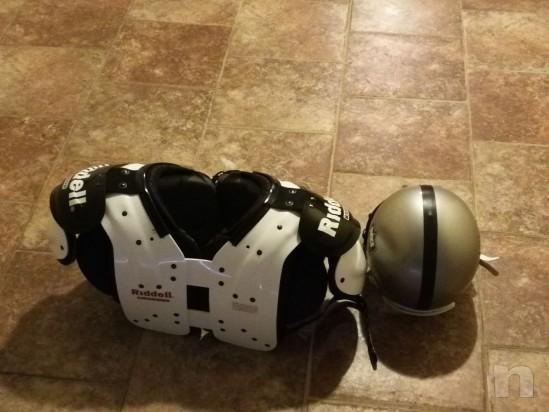 Vendo attrezzatura football americano taglia M più borsa  foto-11681