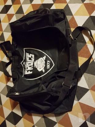 Vendo attrezzatura football americano taglia M più borsa  foto-21668