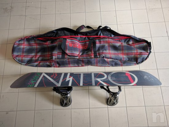 Tavola Snowboard Nitro BlackLight & Attacchi Raiden Machine foto-23212