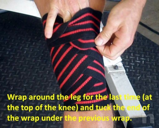 Fascia ginocchia squat body building Sportech bende sollevamento pesi foto-25349