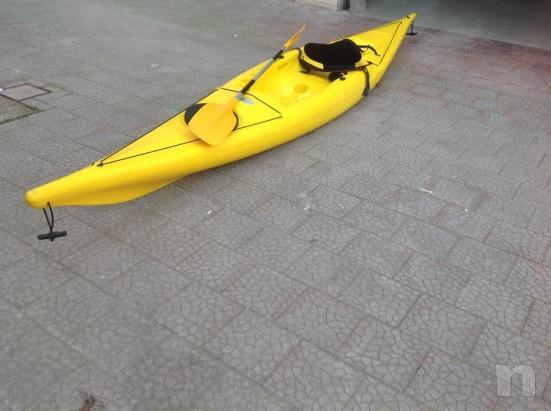 canoa kayak con pagaia foto-25561