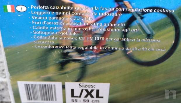 CASCO FORTUNA TAGLIA L/XL SCOCCA EFFETTO CARBONIO foto-26302