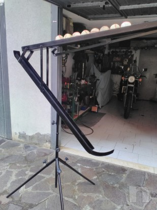 Attrezzo artigianale in ferro per fare soft toss foto-26496