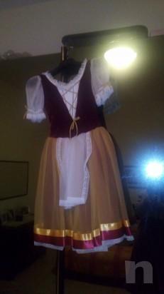 Vendo bellissimi abiti di danza foto-26548