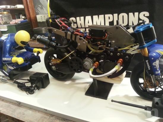Moto professionale radiocomandata scoppio foto-26813
