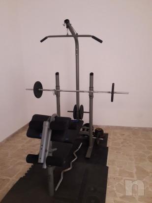 panca piana/alta, lat machine,cavi,corde,attrezzo per le gambe foto-14405