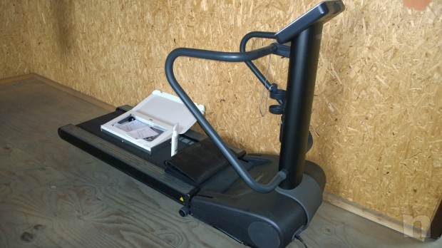 Tapis Roulant Tacnogym Mod Spazio Forma Fitness In Vendita A