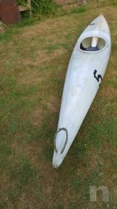 Canoa con pagaia e paraspruzzi foto-29073