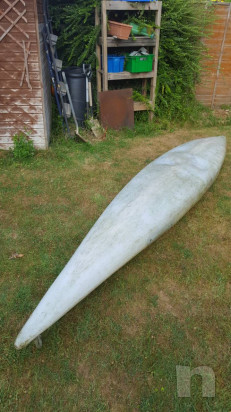 Canoa con pagaia e paraspruzzi foto-29074