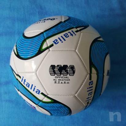 Pallone in cuoio - Italia - Nuovo foto-29204