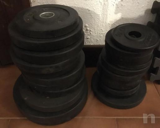 Panca combinata Technogym con bilanciere-pesi e coppia manubri foto-29321