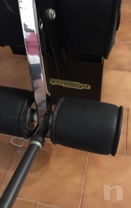 Panca combinata Technogym con bilanciere-pesi e coppia manubri foto-29322