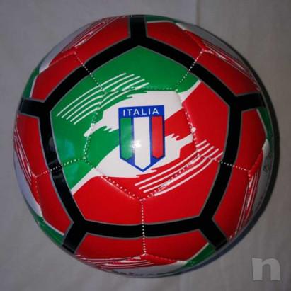 Pallone Tricolore Mikado - Nuovo e Gonfio foto-15555