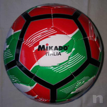 Pallone Tricolore Mikado - Nuovo e Gonfio foto-29428