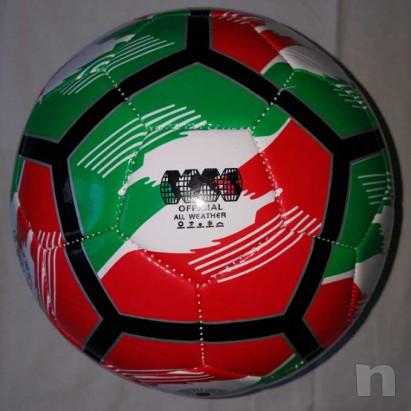 Pallone Tricolore Mikado - Nuovo e Gonfio foto-29429