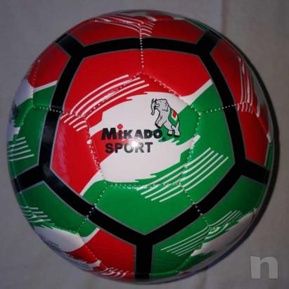 Pallone Tricolore Mikado - Nuovo e Gonfio foto-29427