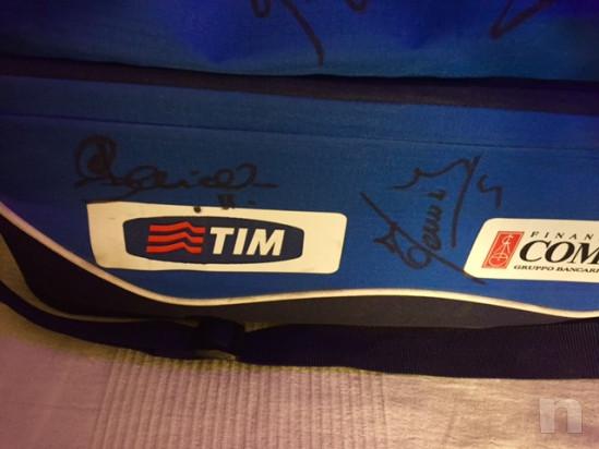 Borsone ufficiale italia campione del mondo 2006 autografa titolari Berlino foto-29442