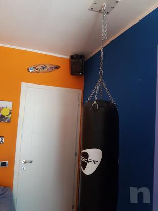 Sacco boxe + piastra per soffitto+ guantoni foto-15642