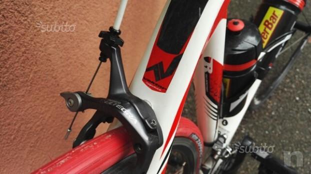 Bici da corsa FULL CARBON Vektor Sequenze.  foto-29860