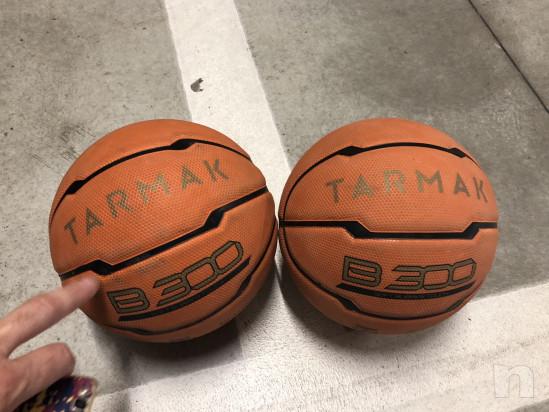 2 palloni minibasket (tg.5) usati due volte. foto-16335