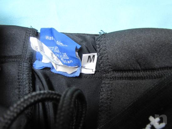 Pantaloncini da portiere di calcio foto-31215