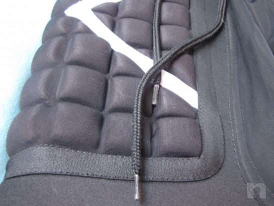 Pantaloncini da portiere di calcio foto-31214