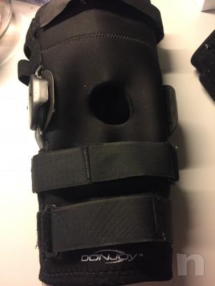 Tutori per ginocchia dx e sin DONJOY foto-32635