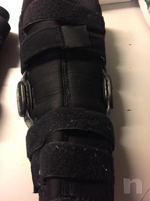 Tutori per ginocchia dx e sin DONJOY foto-32636