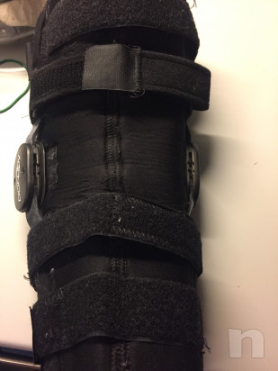 Tutori per ginocchia dx e sin DONJOY foto-32637