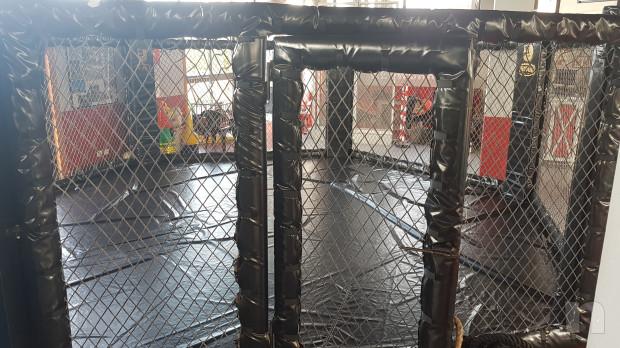 Gabbia MMA esagonale foto-17700