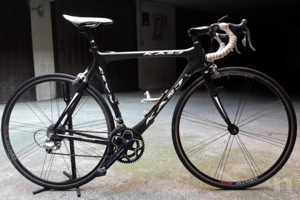 Bicicletta corsa in carbonio foto-17809