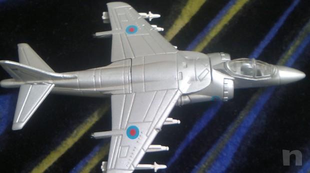 Aerei militari modellini + poster foto-2931