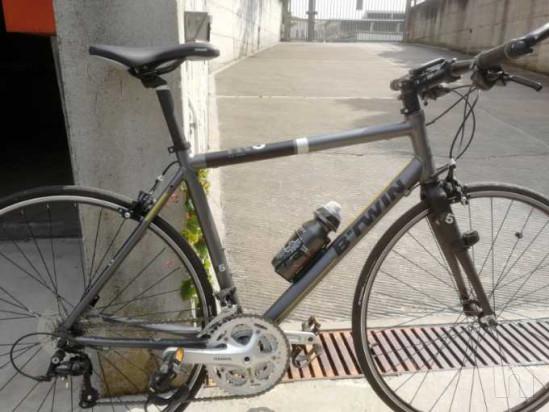 Bicicletta ibrida da corsa modello BTWIN come nuova foto-35495