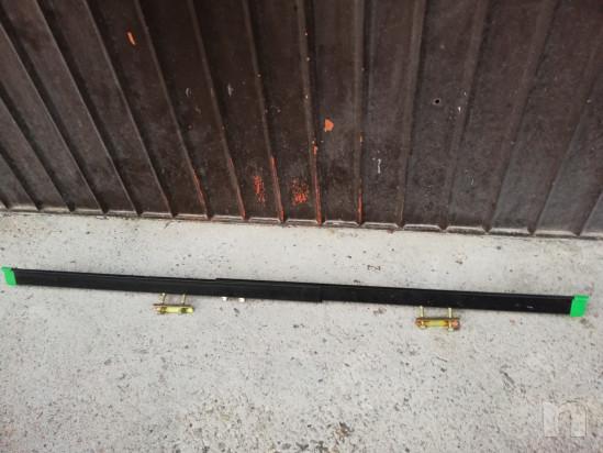 Coppia di portabici per barre portatutto auto foto-35911