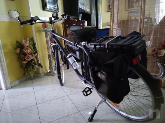 Bici city Btwin Elops 900E con batteria a litio 36 V foto-19196