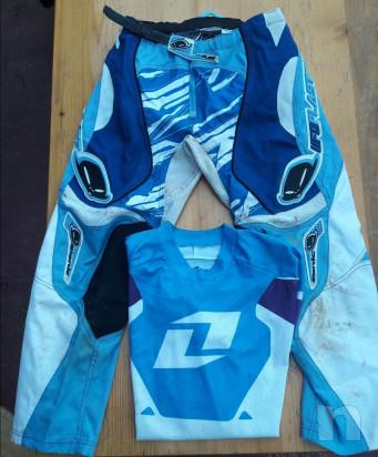 Accessori-abbigliamento junior 12-15 anni foto-37282