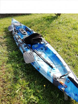 kayak da pesca o escursionismo foto-39415