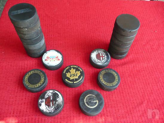Dischi per Hockey su ghiaccio. foto-21845