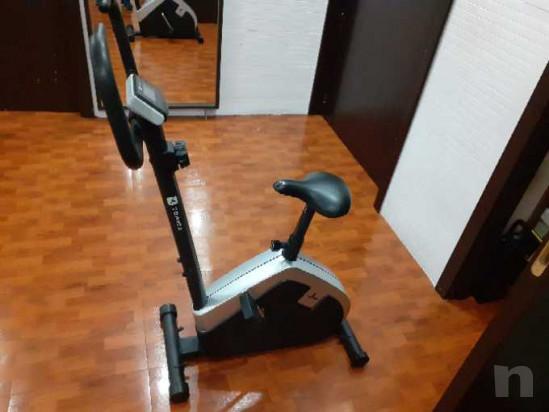 Vendo ciclette piu' 2 dischi da 5kg foto-42989