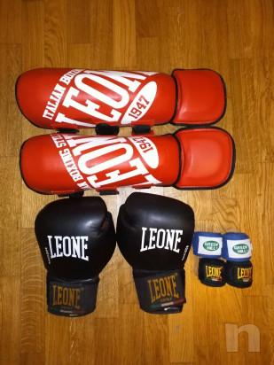 Protezioni boxe pugilato muay thai kickboxe guantoni paracolpi paratibie fasce foto-21965