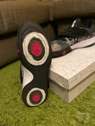 Scarpe da basket Nike Kyrie Low numero 45 foto-43602