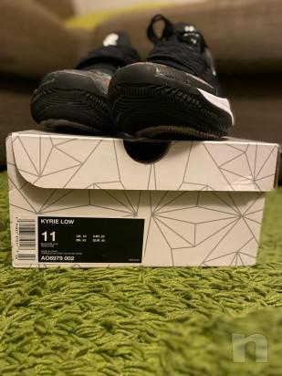 Scarpe da basket Nike Kyrie Low numero 45 foto-43601