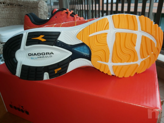 Diadora Blushield Fly2 NUOVE num. 45 foto-44185