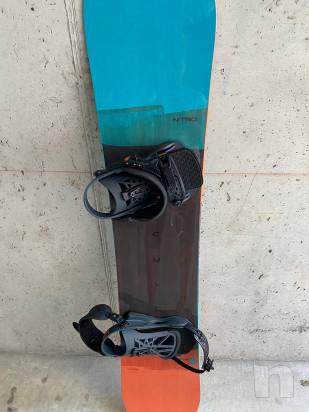 Vendo tavola snowboard usata pochissimo in ottime condizioni foto-22924