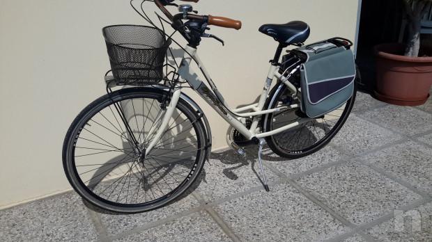"""Bici modello anni 40-50 """"Ma dove vai bellezza in biciclettaaa"""" foto-45995"""