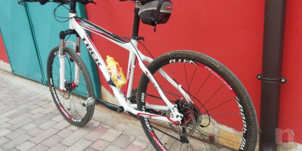 Bici Mountain Bike quasi nuova foto-46005