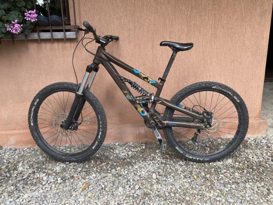 bici downhill scott voltage fr 31 foto-23301